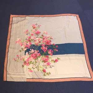 """VALENTINO Gorgeous 34"""" x 34"""" floral scarf"""